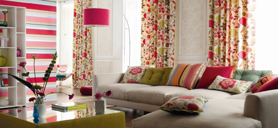 floral_print_sitting_room_on_slider